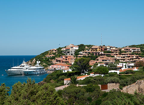 Helicopter transfers in Porto Cervo