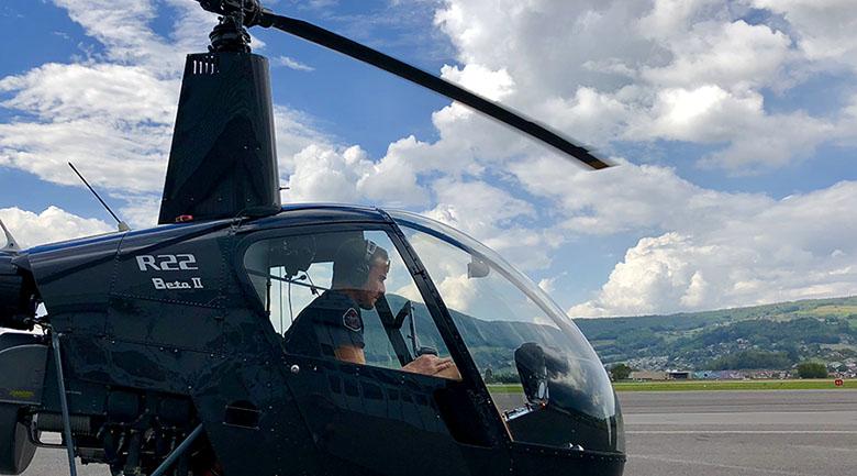 Hélicoptère Robinson R22
