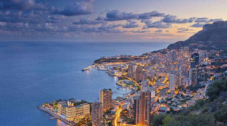 Baptême de l'air en hélicoptère à Monaco