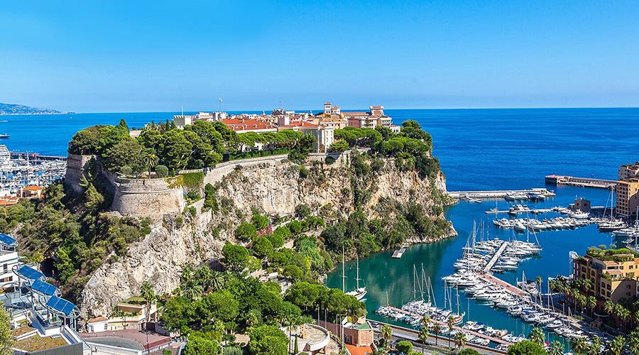Vol panoramique en hélicoptère au départ de l'héliport de Monaco
