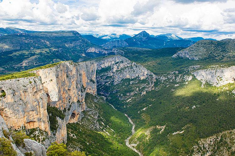 Vue panoramique des Gorges du Verdon
