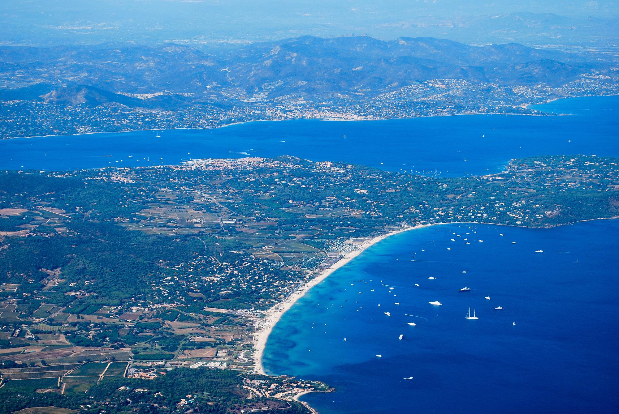 Vue panoramique de la baie de Pampelonne à Ramatuelle, Golfe de St Tropez